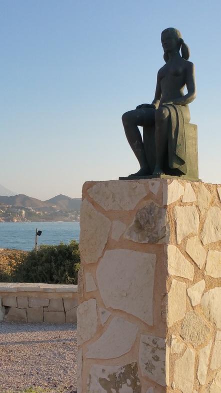 Bañista. Voramar de les Escultures El Campello