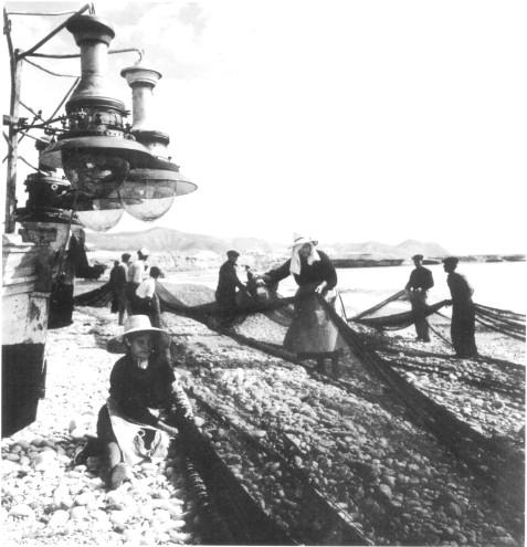 Rederas en la playa del Carrer la Mar